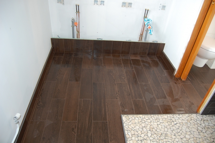 Pose de carreaux 15x60 imitation lame de bois